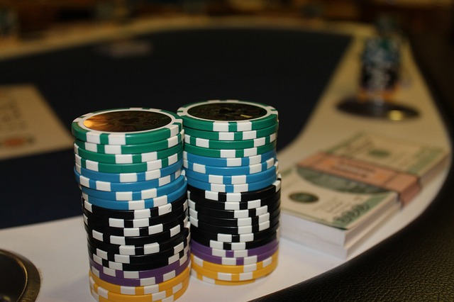Here S A Customized Smartphone To Help You Cheat At Poker The New Stack