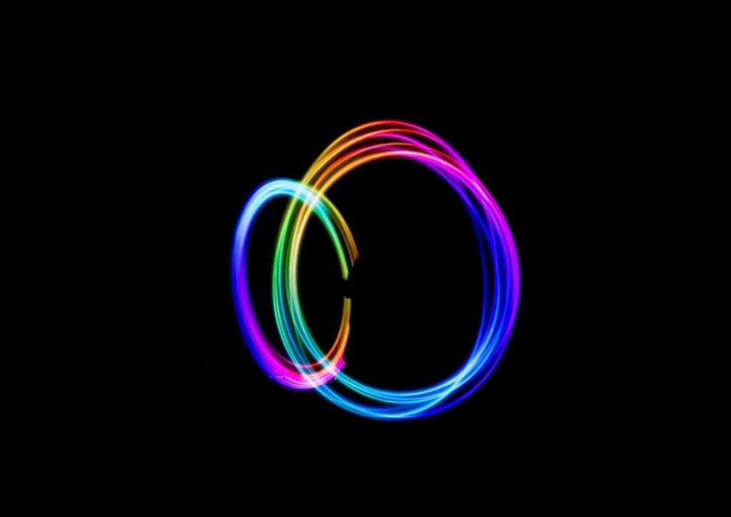 Light art colored rings